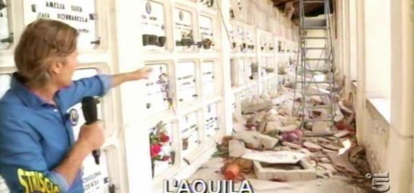 Jimmy Ghione - Cimitero dell'Aquila a 7 anni dal sisma